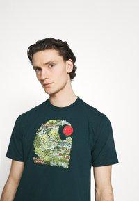Carhartt WIP - TREASURE - Print T-shirt - deep lagoon - 3