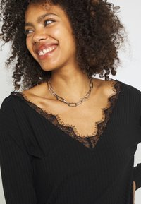 Nly by Nelly - EDGE - Long sleeved top - black - 3
