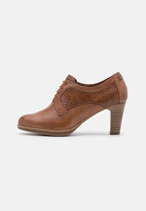 Lace-up heels - cognac