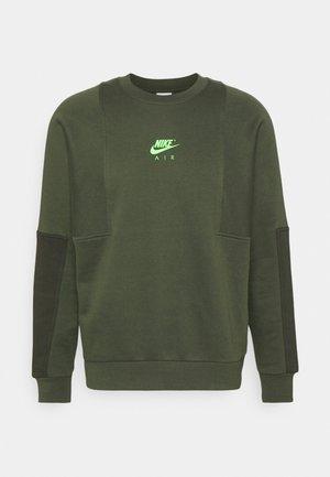 AIR CREW - Sweatshirt - carbon green/sequoia/green strike