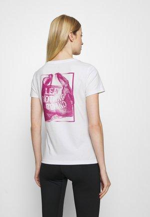 TERREX OUTDOOR SHORT SLEEVE TEE - Print T-shirt - white