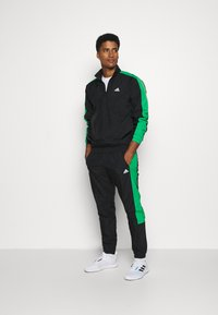 adidas Performance - ZIP - Træningssæt - black/black/vivgreen - 1