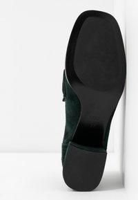 Bibi Lou Wide Fit - Classic heels - verde - 6
