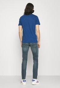 Jack & Jones - JJIGLENN JJFOX AGI - Slim fit jeans - blue denim - 2