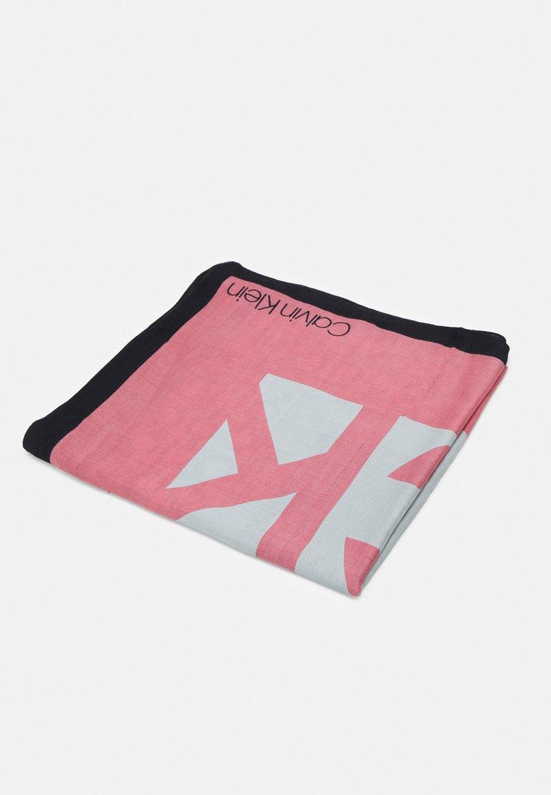 Calvin Klein - SCARF - Foulard - pink