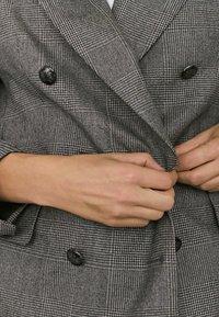 Massimo Dutti - Short coat - light grey - 2