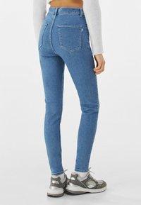 Bershka - SUPER HIGH WAIST - Slim fit jeans - blue denim - 2