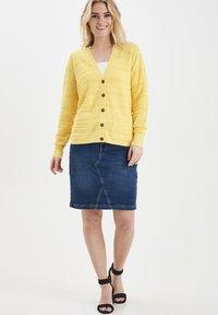 Fransa - FRITLINE - Cardigan - yellow - 1