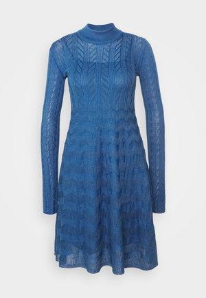 DRESS - Abito in maglia - monaco blue