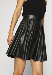 Anna Field - Fake Leather mini A-line skirt - Mini skirt - black - 4