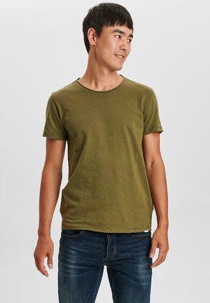 KONRAD STRAIGHT SLUB TEE - Basic T-shirt - army