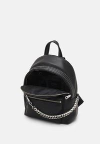 DKNY - QUINN - Batoh - black/silver-coloured - 2