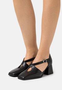 WONDERS - Classic heels - black - 0