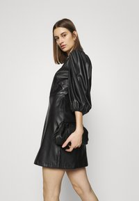 Closet - CLOSET PUFF SLEEVE MINI DRESS - Day dress - black - 4