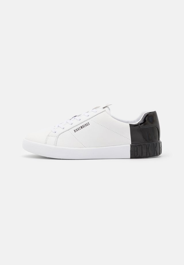 SVEVA - Joggesko - white/black