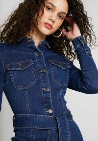 Vero Moda - VMTARA SHORT DRESS - Denim dress - dark blue denim - 4