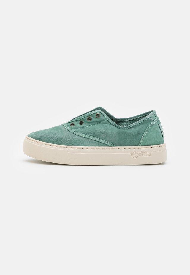 Sneakers - albahaca