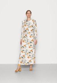 IVY & OAK - MALA - Maxi dress - vanilla - 0