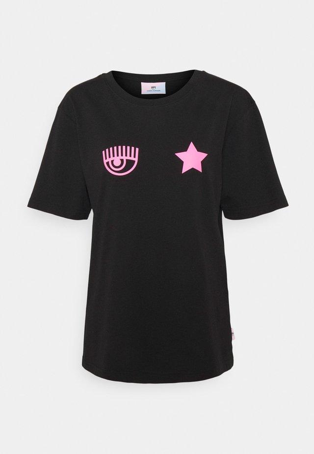 EYESTAR FLUO - Print T-shirt - nero