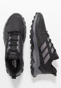 adidas Performance - KANADIA - Chaussures de running - coreblack/grey five/grey two - 1