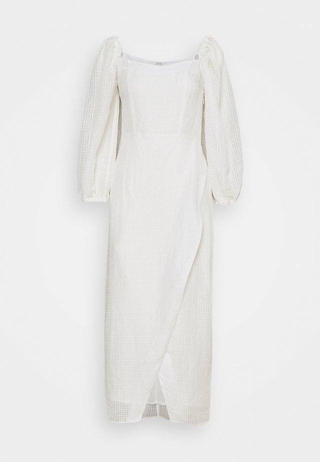 SIERRA - Maxi-jurk - white