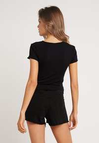 Nly by Nelly - LOVE  - Basic T-shirt - black - 2