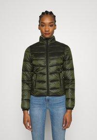 Calvin Klein Jeans - SHINY JACKET - Kurtka zimowa - deep depths - 0