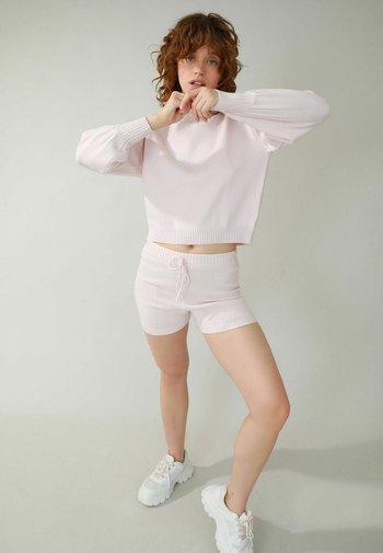 Shorts - zartrosa