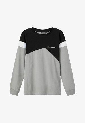 Long sleeved top - sharkskin