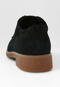 Clarks - GRIFFIN LANE - Veterschoenen - black - 4