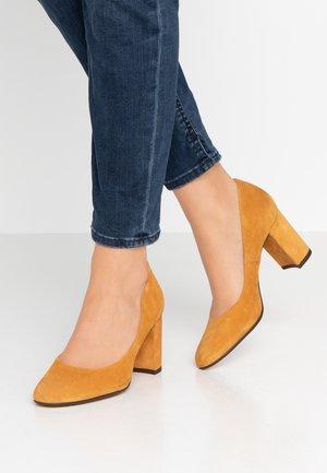 AEL - Classic heels - curry