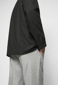 Filippa K - LOUIS JACKET - Lehká bunda - dark grey - 3