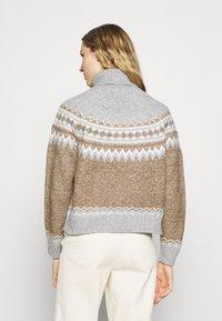 Fashion Union Tall - ELIAS FARISLE ROLL NECK BOXY JUMPER - Stickad tröja - brown - 2
