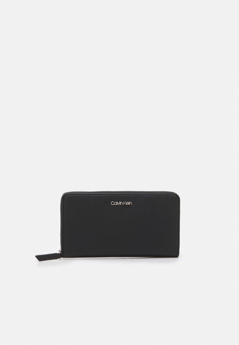 Calvin Klein - WALLET - Portemonnee - black