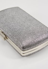 Dorothy Perkins - BOX - Clutch - silver - 6