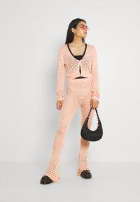 Milk it - WANDERER CARDI - Vest - pink - 1