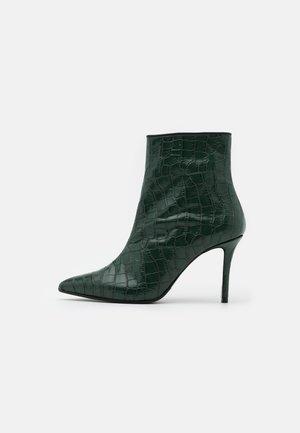 LUISA - Kotníková obuv na vysokém podpatku - green