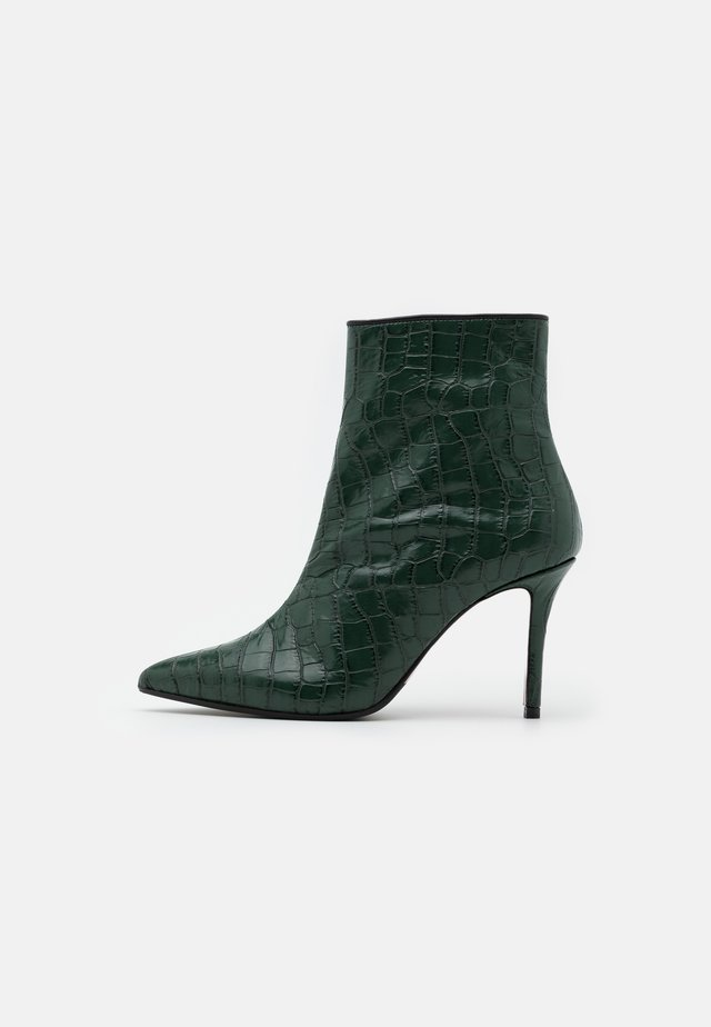 LUISA - High Heel Stiefelette - green