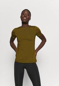 Nike Performance - ALL OVER - T-shirt basic - olive flak/black - 0
