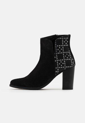 KESHIA - Ankelboots med høye hæler - noir