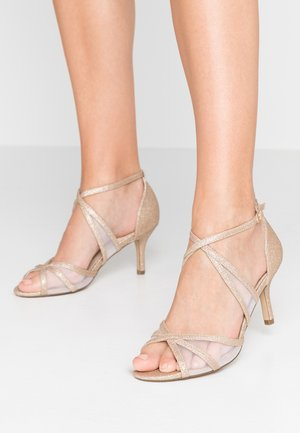 HELKA WIDE FIT - Sandals - champagne