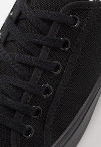 Zign - Sneakersy niskie - black - 5