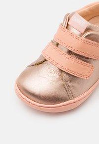 Camper - PEU CAMI  - Touch-strap shoes - medium pink - 5