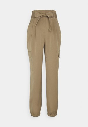 YASCAIA CROPPED PANT - Trousers - ermine