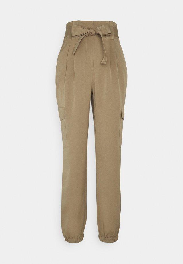 YASCAIA CROPPED PANT - Bukse - ermine