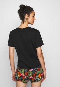 Vans - BOXY - T-shirt basic - black - 2