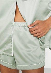 Loungeable - TRADITIONAL SHORT SLEEVE SHIRT  - Pyjama - green - 5