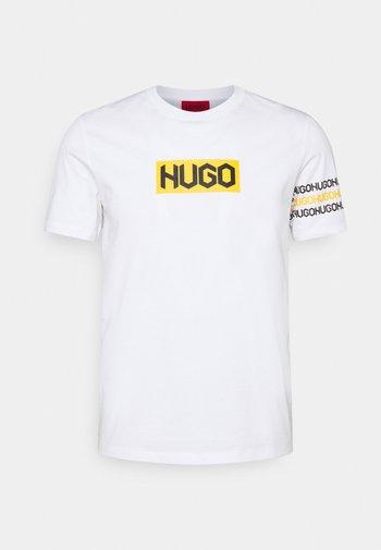 DAKE  - T-shirt med print - white