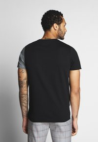 Brave Soul - GARFISH - T-shirt imprimé - black/white - 2