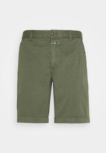 CLASSIC CHINO  - Shorts - olive